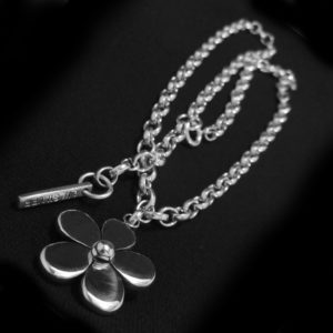 Daisy Chain Necklace II
