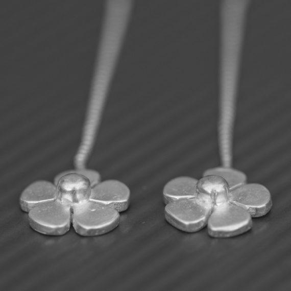 Daisy Snake Earrings